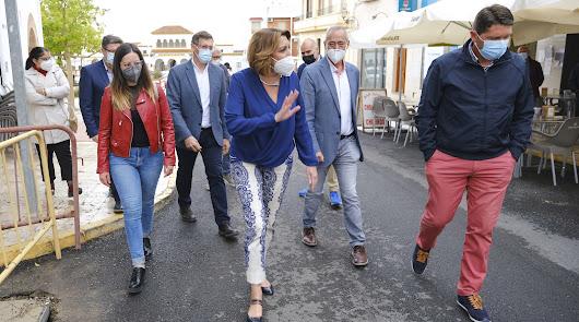 """Susana Díaz critica el """"caos"""" en las restricciones de la Junta"""