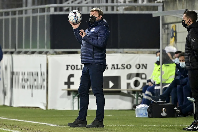 """Hein Vanhaezebrouck komt met bizarre verklaring na uitschakeling: """"Zo'n zes meter"""""""