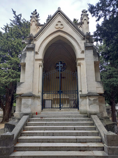 photo de chapelle du Cimetière St Véran