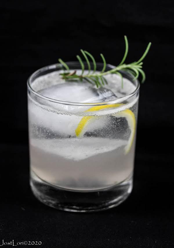 Rosemary Lemon Fizz (cocktail)