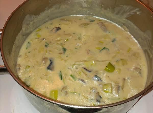 Cream Of Mushroom And Leek Soup