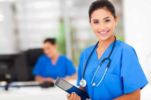 5 Simple Ways to Advance Your Nursing Career