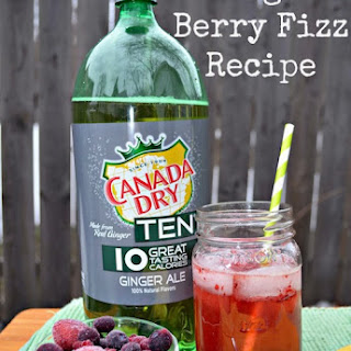 Ginger Berry Fizz Drink.