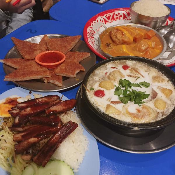 泰街頭•泰道地• 冬蔭雞肉丸河粉•阿華田醬豬頸飯•月亮蝦餅