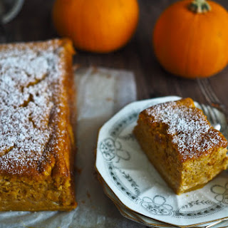 A Pumpkin Pie Magic Cake!