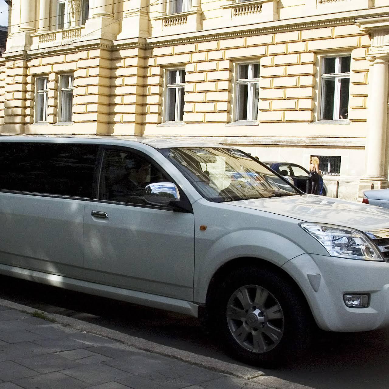 7e826ddf3f66a3 ЛайфАвто: прокат авто у Львові. Лімузини . Ретро . Оренда Авто на ...
