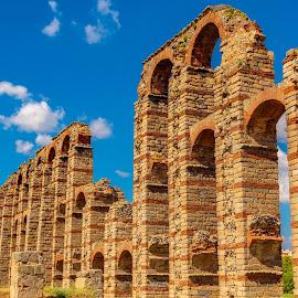 acueducto romano de Mérida by Phoenix One - Buildings & Architecture Bridges & Suspended Structures