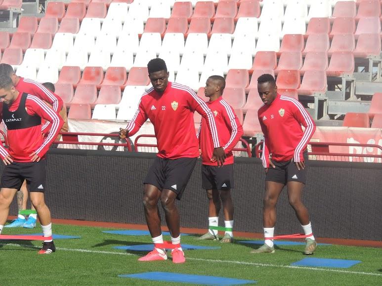 Preparadando el partido de Huesca.