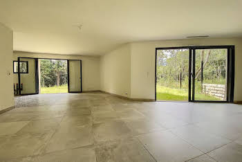 Villa 4 pièces 144 m2