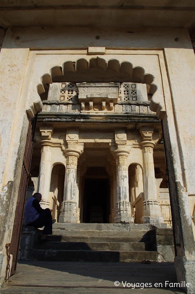 Kumbhalgarh, temple