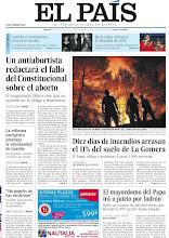 Photo: Un antiabortista redactará el fallo del Constitucional sobre el aborto, diez días de incendios arrasan el 11% de La Gomera y el mayordomo del Papa irá a juicio por robo, en nuestra portada del martes 14 de agosto de 2012 http://srv00.epimg.net/pdf/elpais/1aPagina/2012/08/ep-20120814.pdf