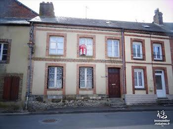 maison à Moulins-la-Marche (61)