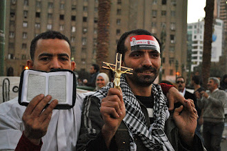 Photo: Muslim and Christian unity.