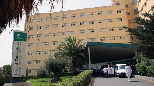 Heridas tres mujeres al colisionar un turismo y un vehículo militar en la A-92