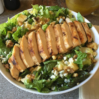 Applebee's Apple Walnut Chicken Salad