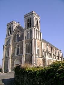 photo de eglise St Denis - CANDÉ -