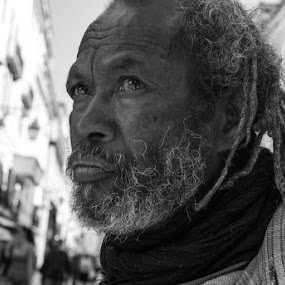 by Nuno Luz - People Street & Candids ( street, old man, man )