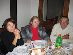 Photo: João esposa e amiga