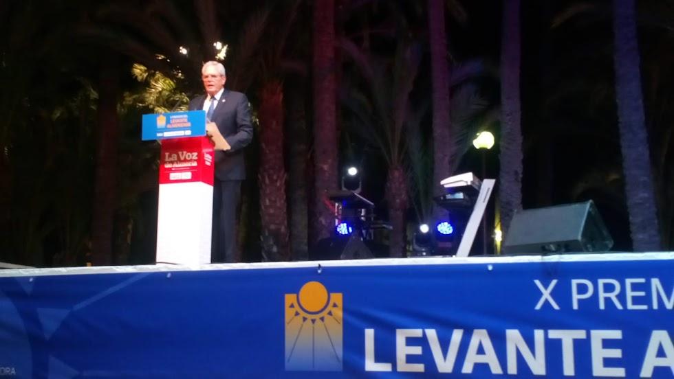 Intervención de José Carmelo, alcalde de Vera.
