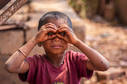 Il piccolo fotografo.... bastano le mani e tanta fantasia