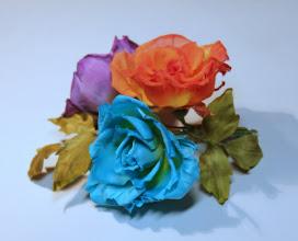 Photo: Брошка на платье - букет разноцветных роз из шелка