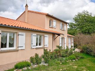 Maison Saint-Lin (79420)