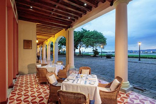 Casa Julian Restaurant terrace gourmet cuisine Relais & chateaux