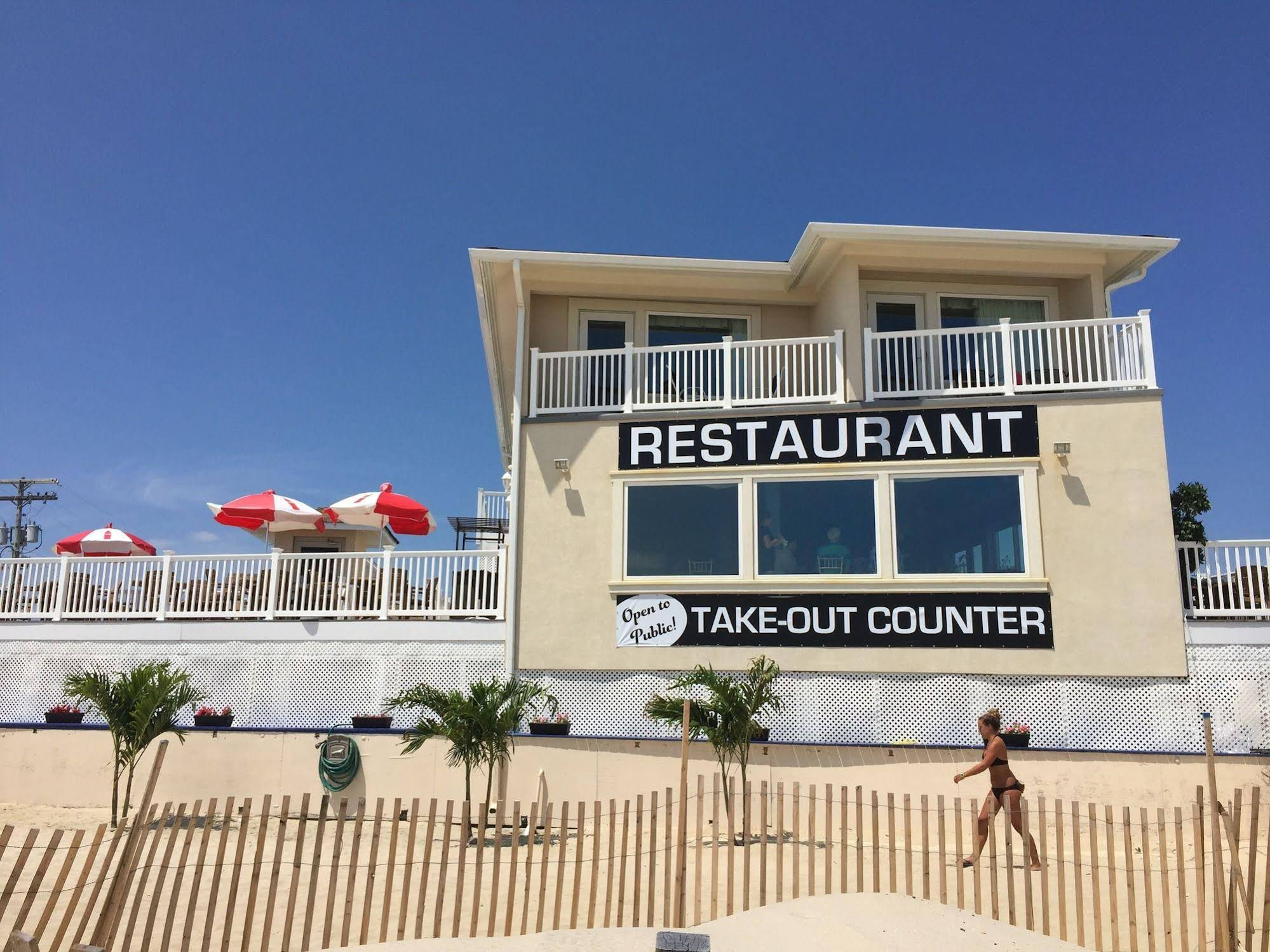 The White Sands Oceanfront Resort and Spa