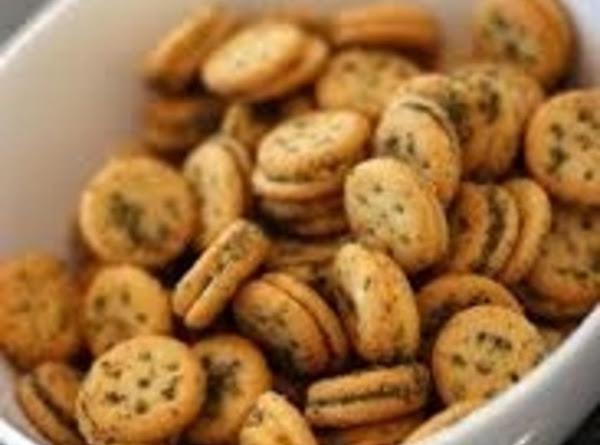 Herbed Cheese Cracker Bite Recipe