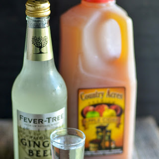 Apple Cider Ginger Beer Cocktail.