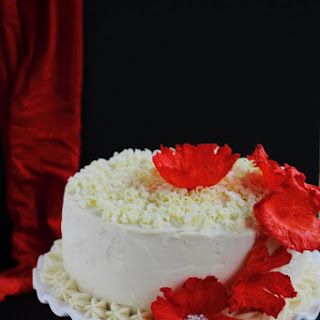 Red Velvet Cheesecake Cake (Celebrating Moms)