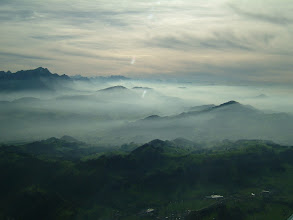 Photo: There is some mist in the air but not on our altitude http://www.swiss-flight.net