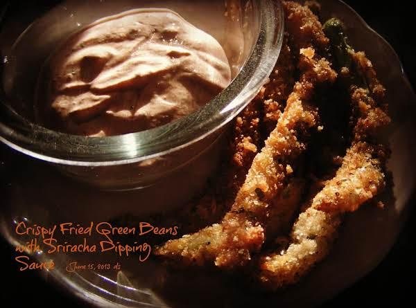 Crispy Fried Green Beans W/sriracha Dipping Sauce