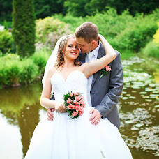 Wedding photographer Aleksandr Kosarev (Almotional). Photo of 16.08.2013