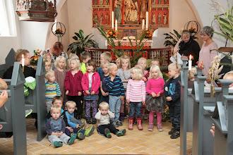 Photo: Børnene fra børnecentret i Abild synger