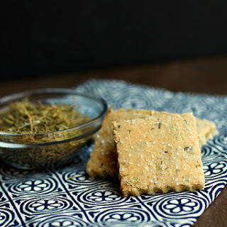 Rosemary Almond Crackers with Cheese
