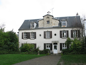 Photo: maison diocésaine à Chateaufort