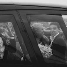 Wedding photographer Dmitriy Tikhomirov (dim-ekb). Photo of 06.10.2013