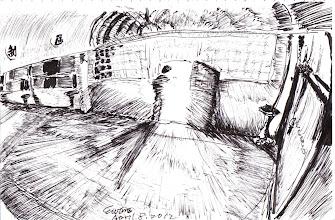 Photo: 夜半囚車入監來2012.04.18鋼筆 地院或地檢的警備車經常在半夜將緝獲的人犯或被告送來,同仁幫著開門,車燈就這麼流泄進來… 是的,歡迎來到宜蘭監獄!