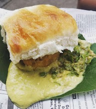 Gajanan Vada Pav photo 3