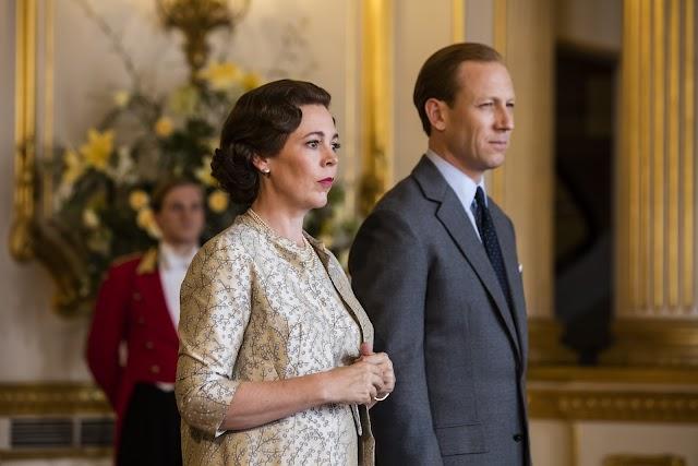 Olivia Colman, como Isabel II, y Tobias Menzies, como el Duque de Edimburgo, en la serie. (Foto: Sophie Mutevelian)