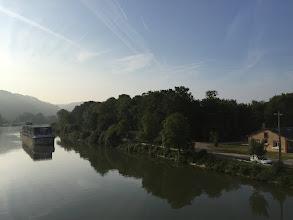 Photo: Poses, la Seine vue de la passerelle de l'écluse
