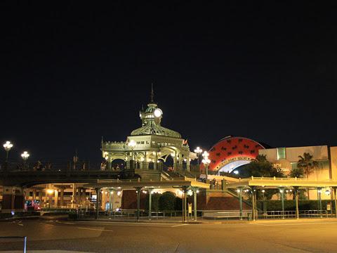 JR舞浜駅・東京ディズニーランド