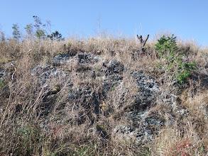 上はこんな感じの岩場