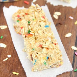 Skinny Funfetti Cake Batter Granola Bars.
