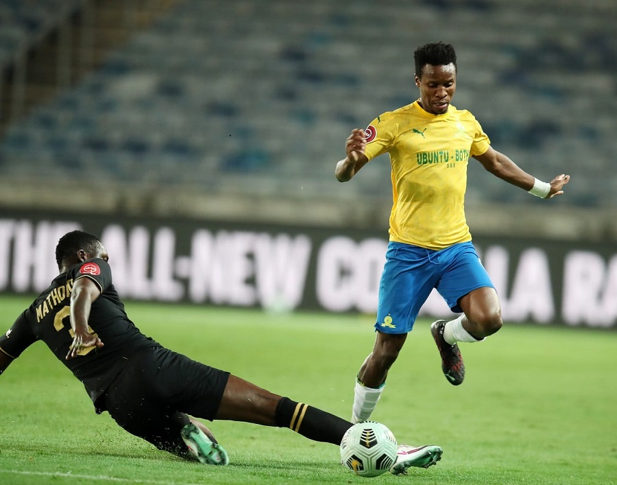 All the action as Kaizer Chiefs clash with Mamelodi Sundowns
