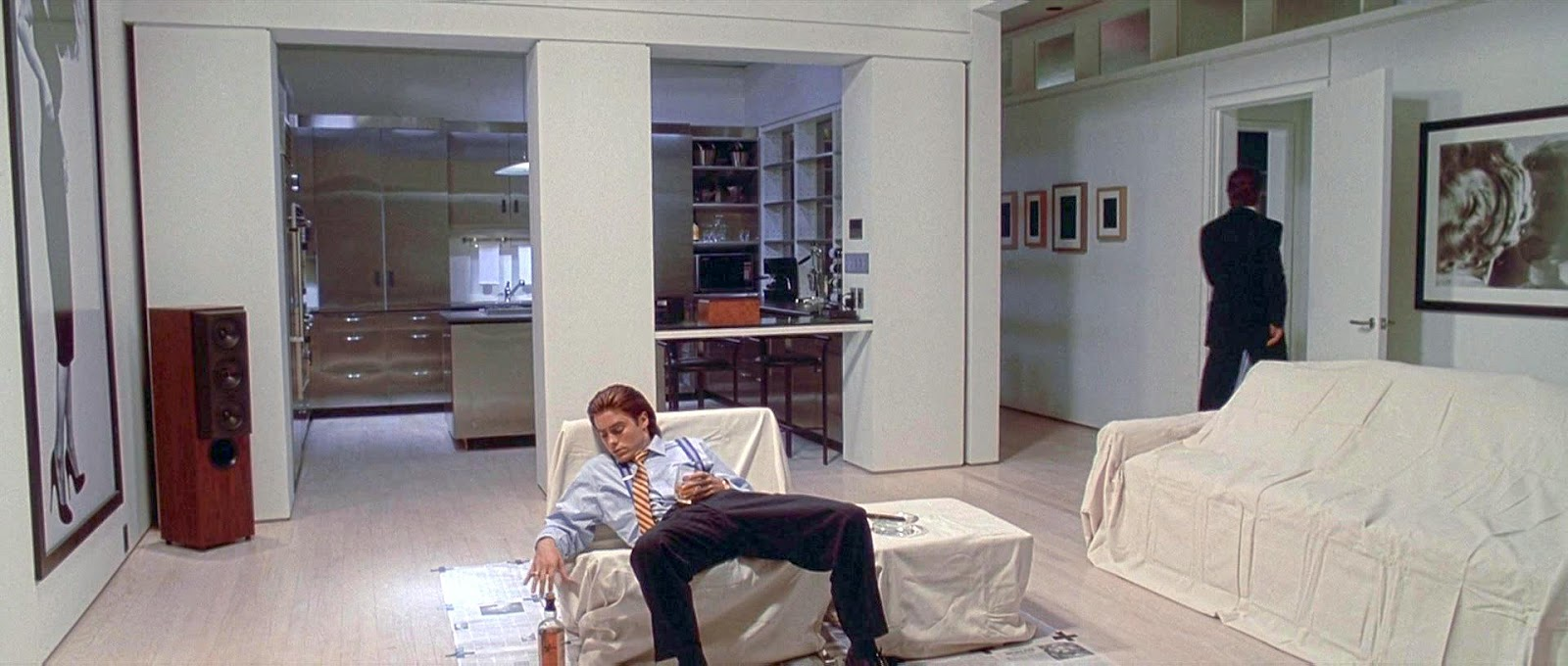 ../../../../../../Desktop/American-Psycho-Apartment-Sce