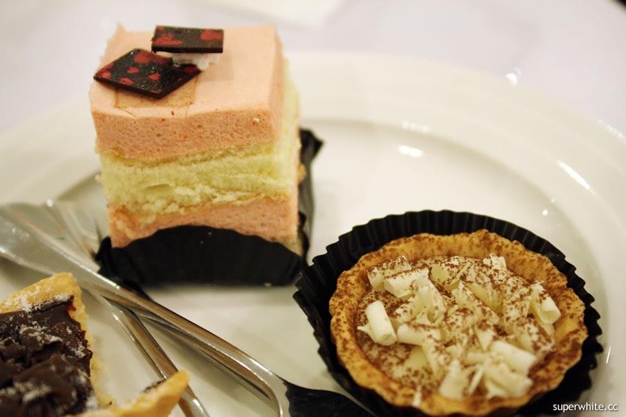 Fullhouse - Cake and Tart