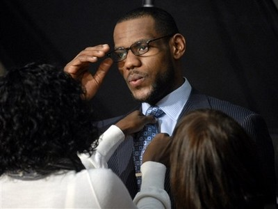 LeBron James shoots new ad with Glaceau VitaminWater