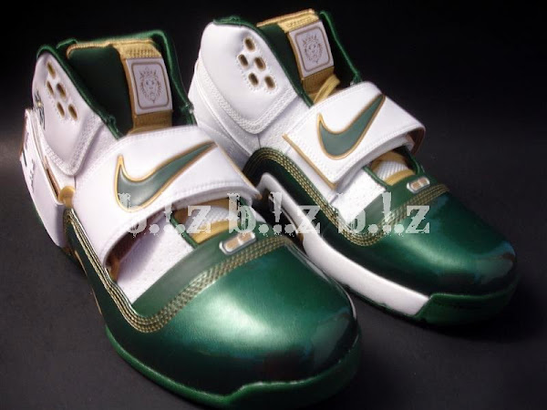 A look at the House of Hoops exclusive SVSM Soldier
